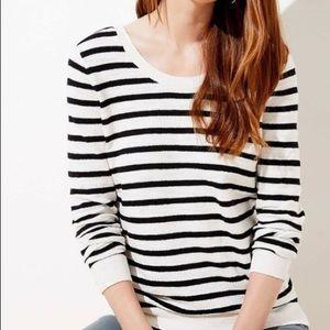 Ann Taylor White/Blue Striped Sweater XS